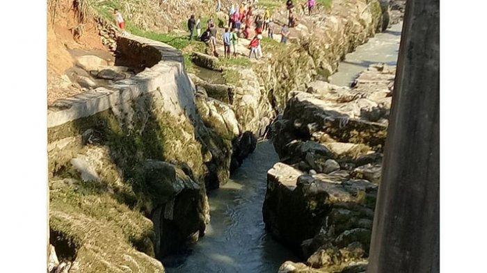 Korban Hanyut Sungai Bahapal