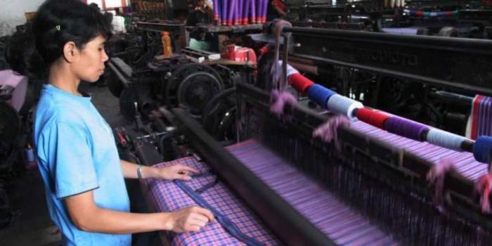 Penenun kota Balige