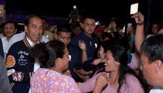 Jokowi di kota Balige