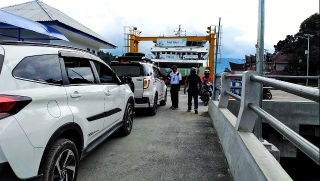 Penyeberangan Ferry Ajibata